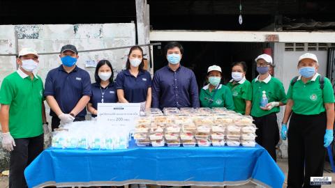 มูลนิธิธรรมนิติ ร่วมกับ บมจ. ยูเนี่ยน ปิโตรเคมีคอล ส่งมอบอาหารกลางวัน (ครั้งที่ 14) ให้แก่ชุมชนซอยบุญช่วย